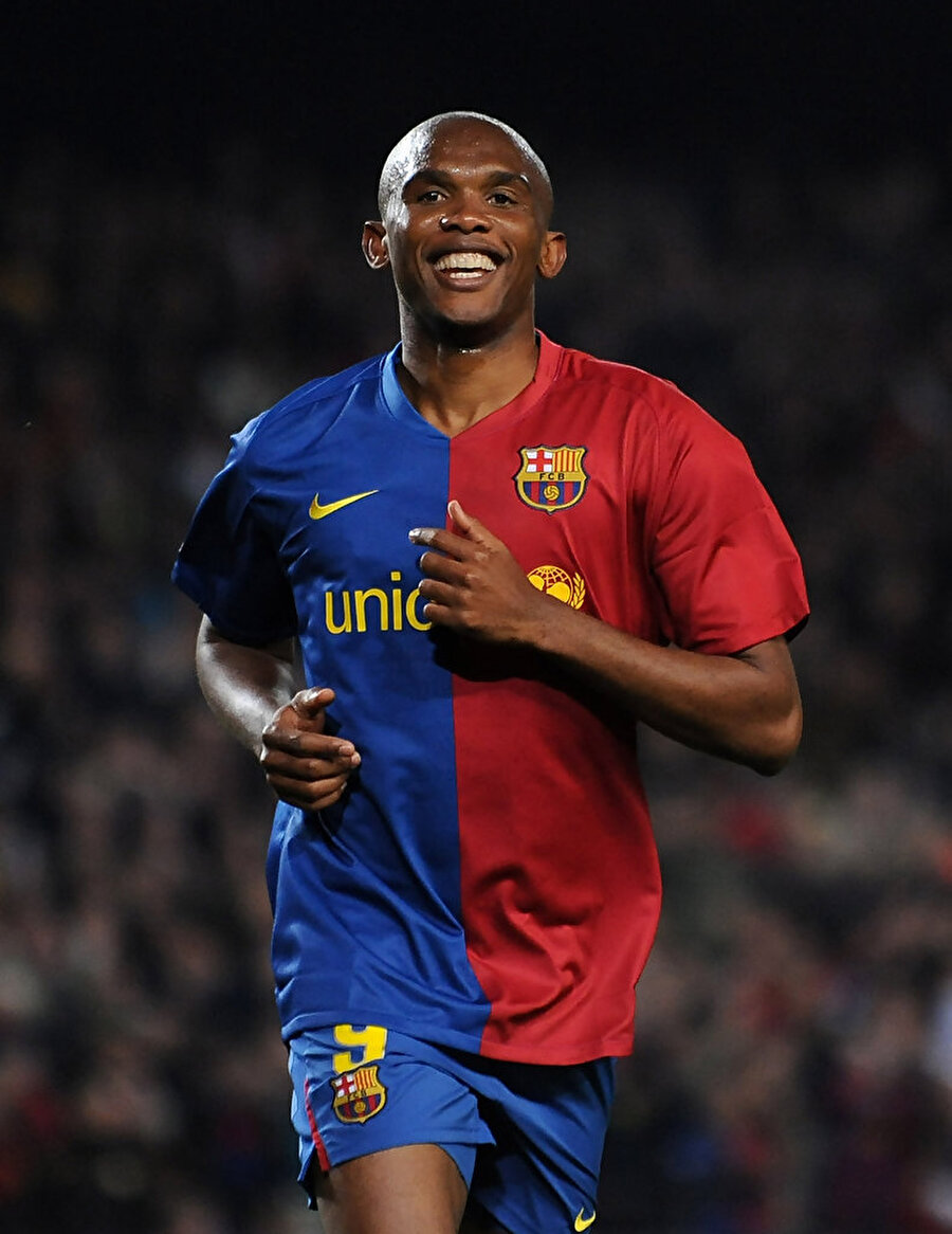 Barcelona'nın radarına girdi Mallorca'da 147 maça çıkan Eto'o 62 gol atıp 4 asist yaptı. Kamerunlu futbolcunun bu başarısı bir diğer İspanyol devi Barcelona'nın gözünden kaçmadı.