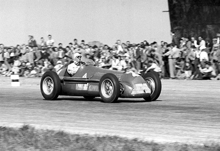 Savaştan önce başladı II.Dünya Savaşı öncesinde birçok Grand Prix düzenlenmiştir.