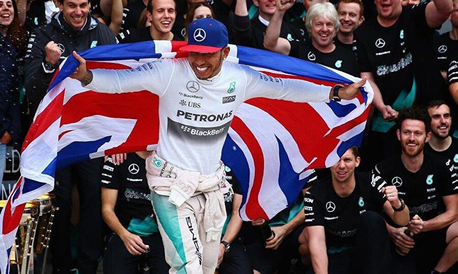 Son şampiyon Hamilton 2015 yılında gerçekleştirilen şampiyonada kupayı Lewis Hamilton kaldırdı. Büyük Britanyalı pilot, 2016 Formula 1 Dünya Şampiyonası'nda da en iddialı isim.