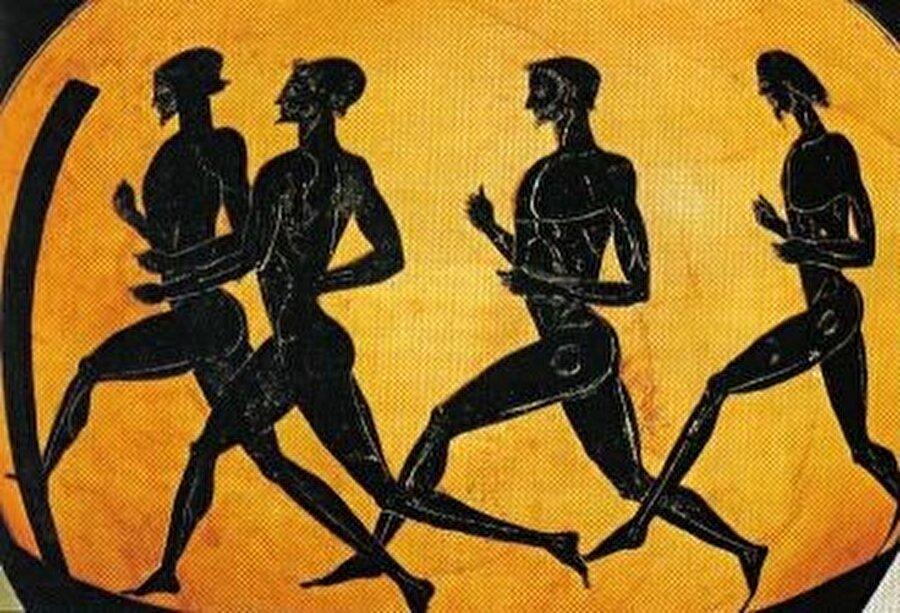 Milattan önce 776'da başladı                                                                                                                4 yılda bir düzenlenen Olimpiyat Oyunları'nın kökeni Antik Yunan'a dayanıyor. Düzenlenen ilk olimpiyat oyunları, Zeus adına yapılıyordu. İlk Yaz Oyunları; Yunanistan'ın Olimpia bölgesinde, Isparta Kralı Likorgos'un önerisiyle M.Ö 776 yılında yapıldı.