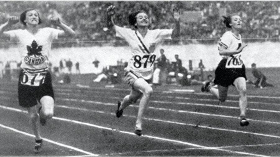 Şampiyon yine ABD                                                                                                                1928 Yaz Olimpiyatları, Hollanda'nın başkenti Amsterdam'da düzenlendi. Atletizm, boks, bisiklet, dalma, binicilik, eskrim, futbol, jimnastik, çim hokeyi, modern pentatlon, kürek, yelken, atıcılık, yüzme, sutopu, halter ve güreş branşlarında mücadelelerin verildiği organizasyonda 56 madalyalı ABD, birinci oldu.