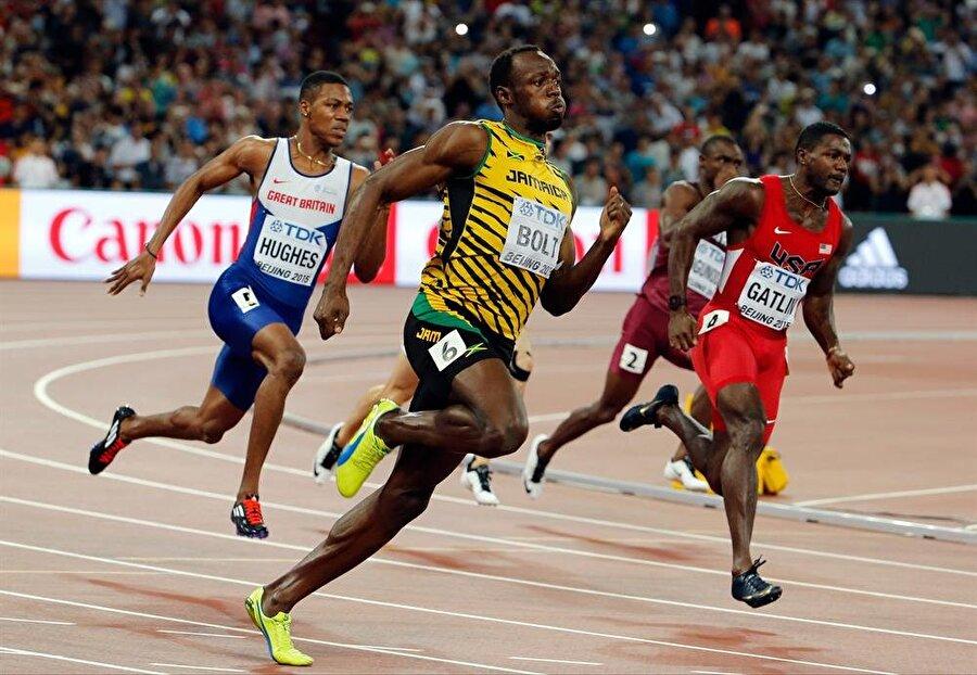 Önemli paya sahip                                                                                                                                                     McNeil, 1964 Tokyo ve 1968 Mexico City Olimpiyatları'na katılan eski atletti. Bolt'la özel olarak ilgilenen McNeil, rekortmen atletin kariyerinde önemli bir paya sahip.