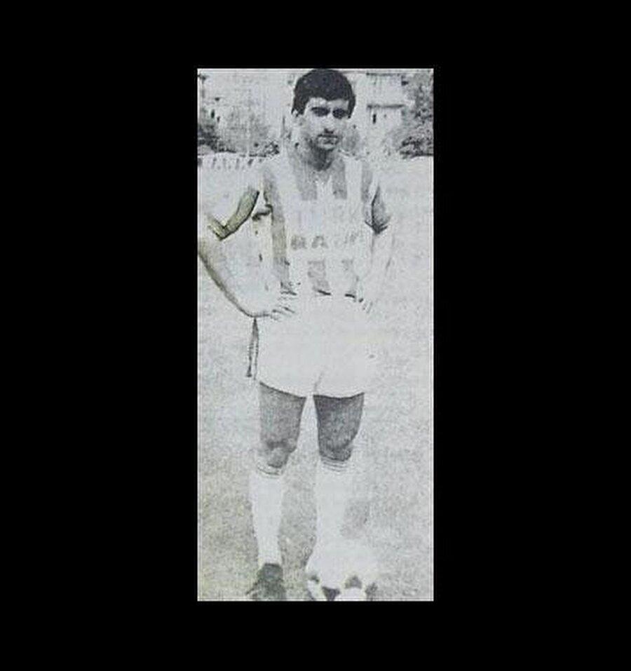 Bonservisi 25 top                                      Dilmen, 13-14 yaşlarında Nazilli Sümerspor yetkilileri tarafından keşfedildi. İlk senesinde şampiyonluk yaşayan Dilmen, bir sezon sonra Muğlaspor'a transfer oldu. Dilmen, Muğlaspor'a 25 top karşılığında imza attı.