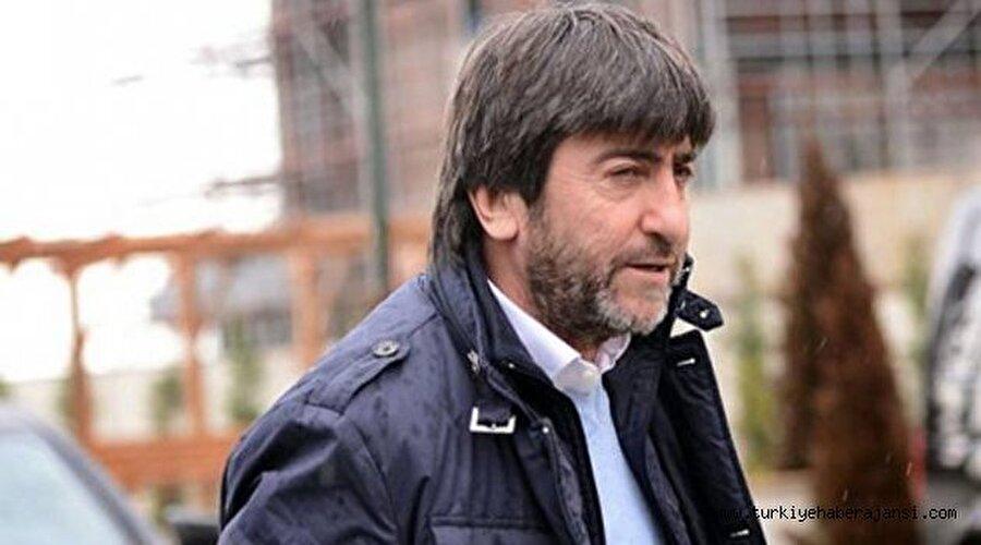 Altay'a imza attı                                      2000-2001 sezonunda Dilmen, Altay'ın başına geçti. Play-off maçlarında alınan kötü sonuçların ardından Dilmen, İzmir temsilcisi ile yollarını ayırdı.