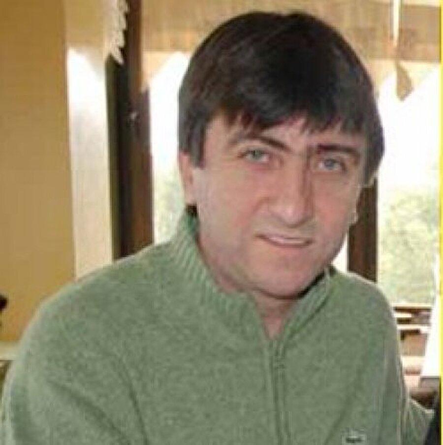 Konyaspor macerası                                      2000 sezonunda ise Dilmen, Kombassan Konyaspor'la anlaştı. Başarılı futbol adamı Konya'da ise çok kısa bir dönem çalıştı.