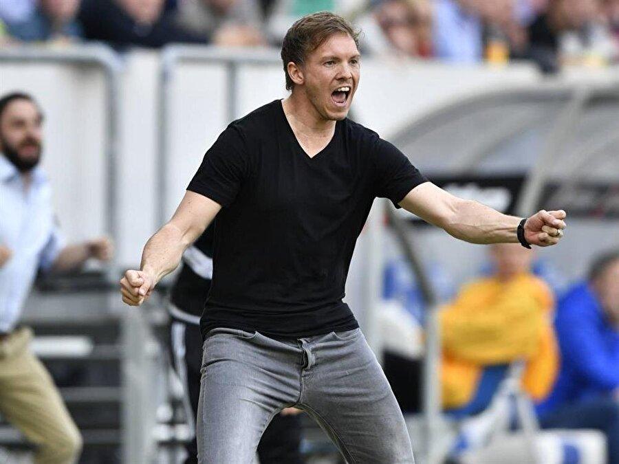 21 yaşında futbolu bıraktı Dizinden ciddi sakatlıklar yaşayan Nagelsmann, kariyerine 2008'de 21 yaşında nokta koydu.
