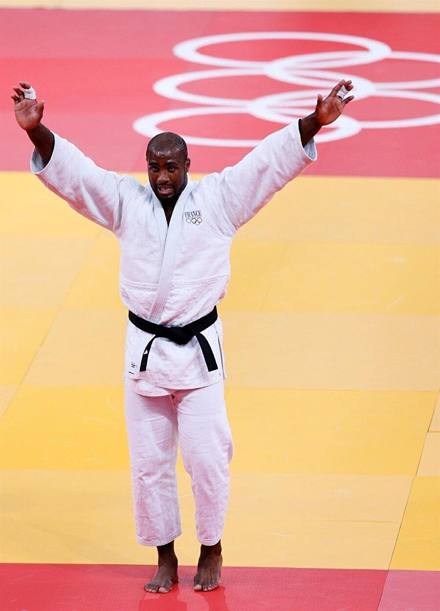 2008 Pekin'de ülkesini temsil etti Birçok uluslararası turnuvada başarılı sonuçlar elde eden Riner, 2008 Pekin Olimpiyatları'nda da ter döktü.