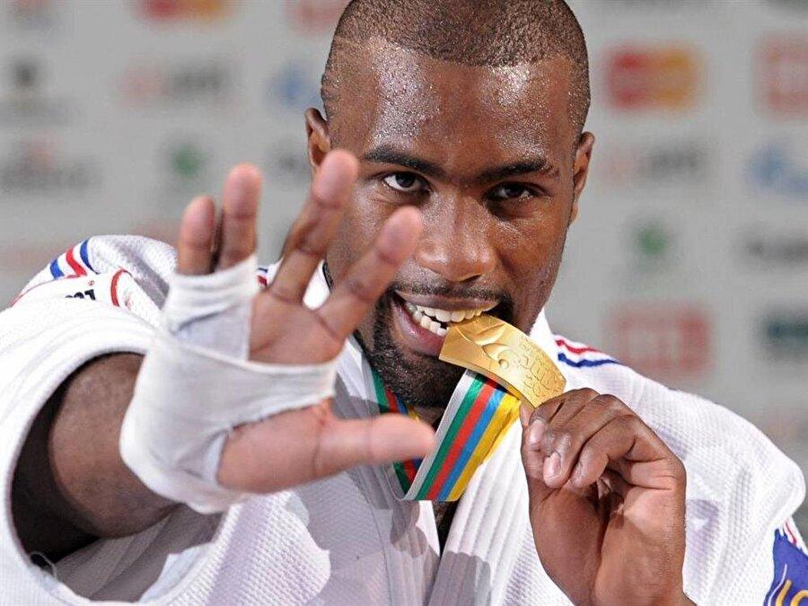 """'Çok çalışıyorum' Rio 2016 öncesinde Riner """"Tek hedefim altın madalya kazanmak. Bunu başarabileceğime inanıyorum. Çok çalışıyorum ve karşılığımı alacağım"""" diyor."""