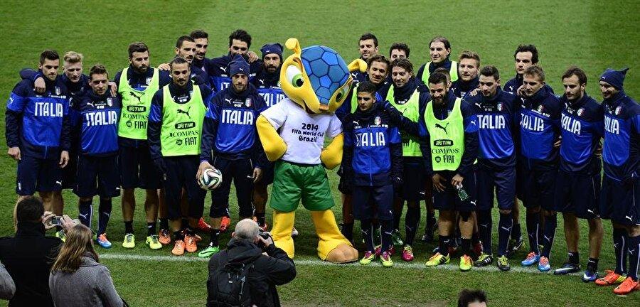 Brezilya- Fuleco En son Dünya Kupası, 2014 yılında Brezilya'da gerçekleştirildi. Turnuvanın maskotu Fuleco isimli bir armadilloydu. (Armadillo: Ana yurdu Güney Amerika olan plasental memelidir. Tesbih böceğine benzemektedir.) Dünya Kupası'na Almanya uzanmıştı.