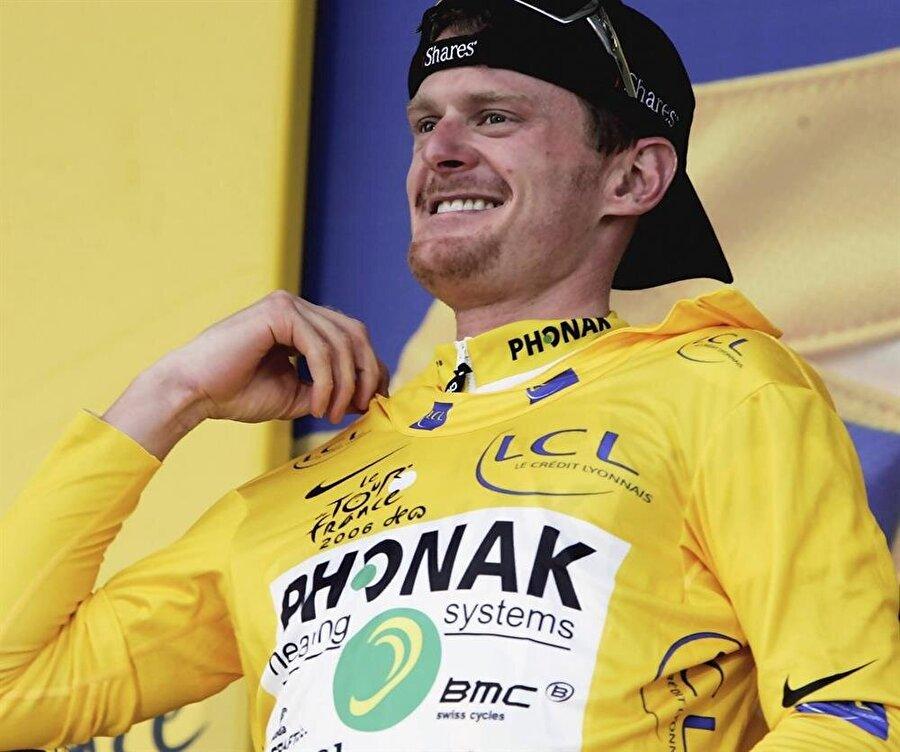 Floyd Landis                                                                                                                2006 yılında Fransa Bisiklet Turu'nu (Tour de France) şampiyon olarak tamamlayan Floyd Landis'ten organizasyonun dört gün sonrasında doping numunesi alındı. Yapılan testlerin sonucunda Landis'in doping kullandığı tespit edildi. 20 Eylül 2007'de Landis'in şampiyonluğu elinden alındı. Ayrıca sporcuya iki yıl men cezası verildi.