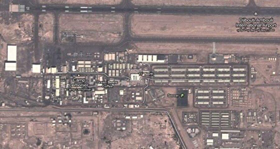 Camp Lemonnier, Cibuti Teröristlerin en yoğun olduğu bölgelerden birine yakın olan Cibuti'deki bu kamp alanının CIA'in mahkumları sorguladığı ve insanlık dışı işkenceler yaptığı bir merkez olduğu iddia ediliyor.    Amerikan ve Cubuti hükümetleri iddiaları kabul etmese de Al Jazeera Amerika 2014 yılında burası ile ilgili bir haber yaptı ve burasının CIA'in mahkumları sorgulamak ve akıl almaz işkenceler yapmak için kullanıldığını iddia etti, hatta bölgedeki insansız hava araçlarının hızla artış olmasını da taktik olarak gelişme çalışmalarının yapıldığı yer olarak nitelendi.   Haberde dikkat çekilen başka bir nokta ise 2009 yılında Obama'nın CIA'e ait tüm gizli merkezlerin kapatılması kararına rağmen burasının faaliyet gösteriyor olması.