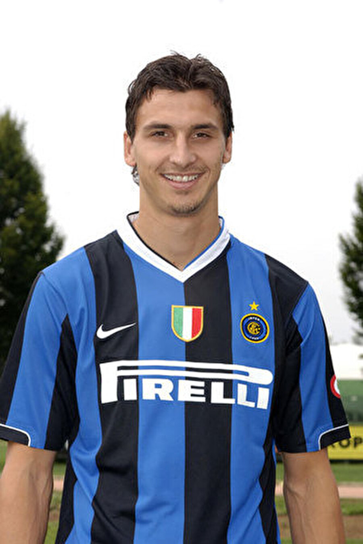 Inter'e imza attı                                                                           2006 sezonunun sonunda ise İbrahimovic bir başka İtalyan ekibi Inter'e imza attı.