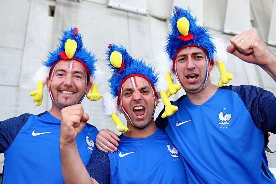 Elbette turnuvanın ev sahibi ülkesi olan Fransa, şampiyonada en çok destekçiye sahip takımdı.