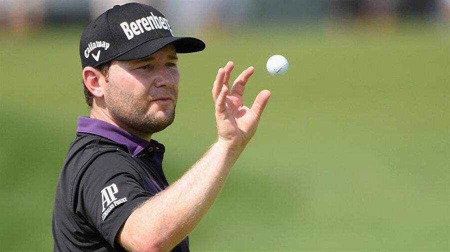 Branden Grace                                                                           Güney Afrikalı golfçü.