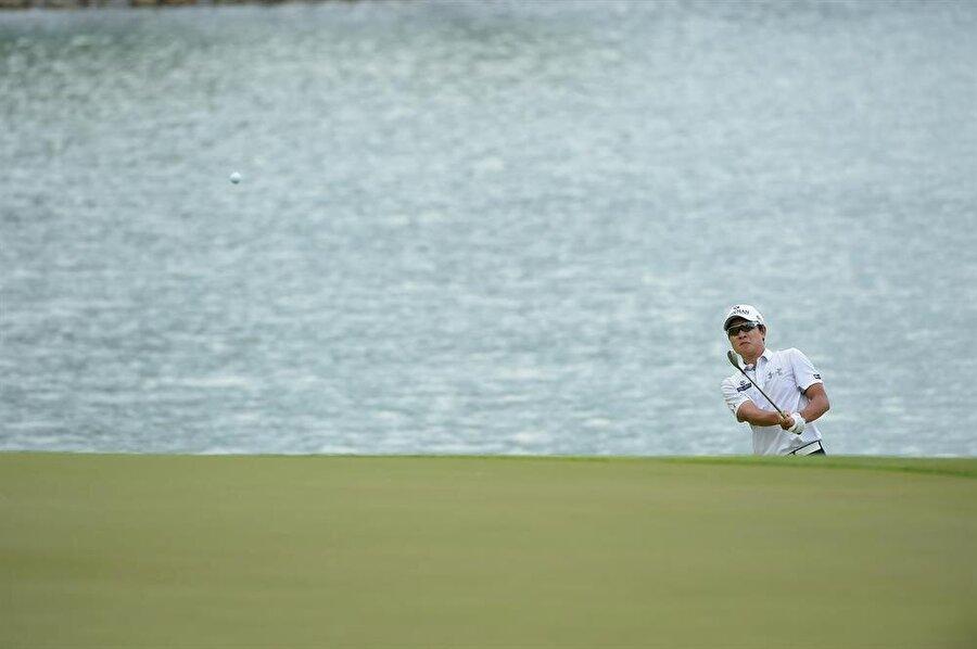 K.T Kim                                                                           Güney Koreli golfçü.
