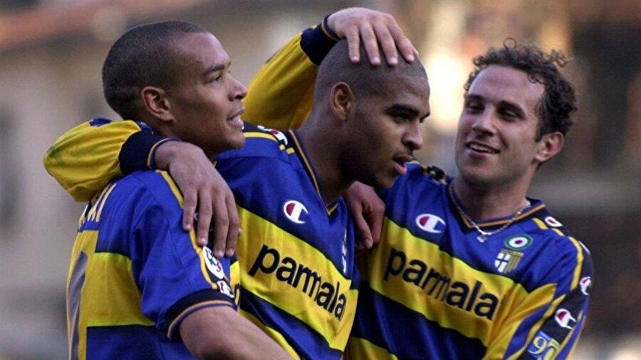 Rakiplerin korkulu rüyası Başka kulüplere kiralık olarak gidip gelse de Adriano, Interli taraftarlar için ayrı bir öneme sahiptir. Inter formasıyla çıktığı 177 maçta 74 kez fileleri sarsan sambacı, İtalya'da oynadığı dönemde rakip takımların korkulu rüyası olmuştu.