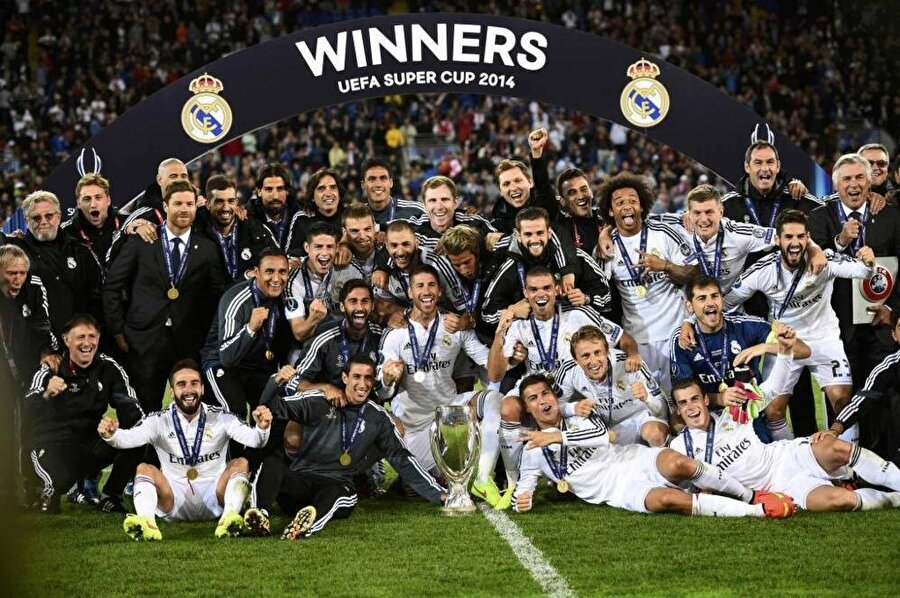 2014'ün rövanşı  Norveç'in Trondheim kentinde bu akşam TSİ 21.45'te başlayacak maçta Real Madrid ile Sevilla, 2014 yılındaki UEFA Süper Kupa karşılaşmasının rövanşına çıkacak.   Bu kupada şu ana kadar 4 kez final oynayan Real Madrid, 2014'te Galler'in Cardiff şehrinde oynanan maçta rakibini Portekizli yıldızı Cristiano Ronaldo'nun golleriyle 2-0 yenerek organizasyondaki ikinci şampiyonluğuna ulaştı.