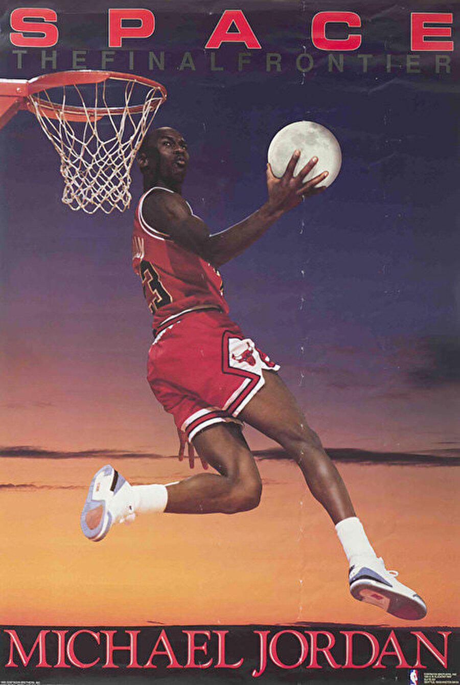 Michael Jordan O'nu tanımayan yoktur. Michael Jordan, NBA tarihinin gelmiş geçmiş en iyi sporcusu unvanının sahibidir. Jordan, NBA'de; 1990-91, 1991-92, 1992-93, 1995-96, 1996-97, 1997-98 sezonlarında şampiyonluk yaşadı.