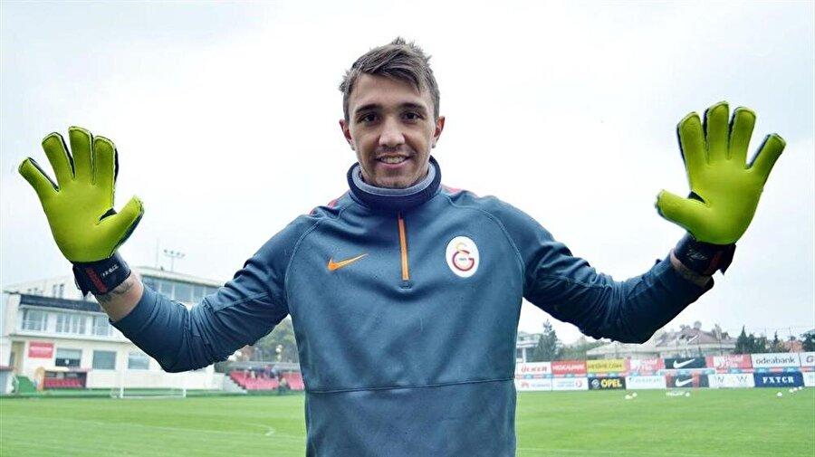 Dünya devlerinin takibinde Galatasaray'daki performansıyla göz dolduran Muslera'nın ismi Manchester United, Manchester City ve Real Madrid gibi dünya devleriyle anılmıştı.