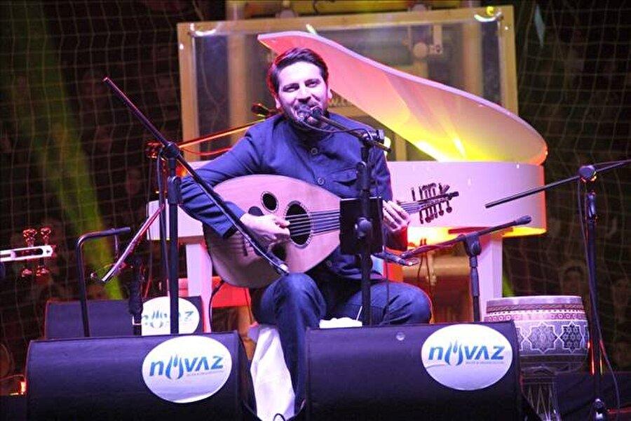 """Konser bu akşam!                                      Yusuf, Üsküp'teki """"İkinci Filip Arena""""da bu akşam düzenlenecek konserinde Makedonyalı hayranlarıyla buluşacak."""
