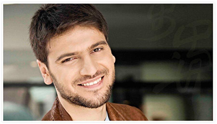 Sami Yusuf kimdir?                                      Sami Yusuf 1980 yılında Tebriz, İran'da doğmuştur.