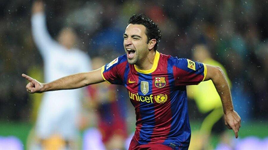Xavi Hernandez                                                                           Barcelona alt yapısından A Takıma çıkan isimlerden biri olan Xavi Hernandez, 2015'te Qatar Stars League'de Al-Sadd takımına transfer oldu. 1998'den 2015 yılına kadar Katalan ekibinin formasını terleten Xavi, 24 kez kupa coşkusu yaşadı.
