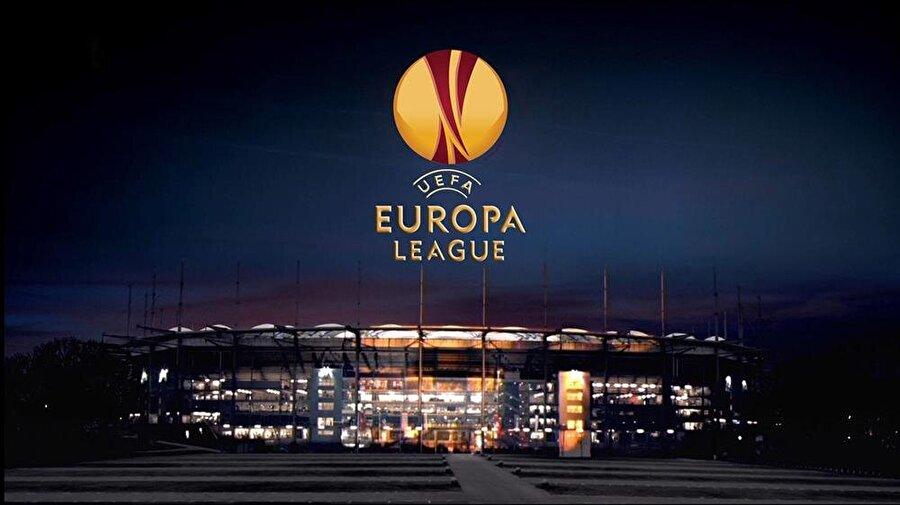 Maçlar gece yarısı oynanacak                                       20:00 ve 22:05'te oynanmasına alışık olduğumuz Avrupa Ligi maçları ise 21:00 ve 23:05'te başlayacak.