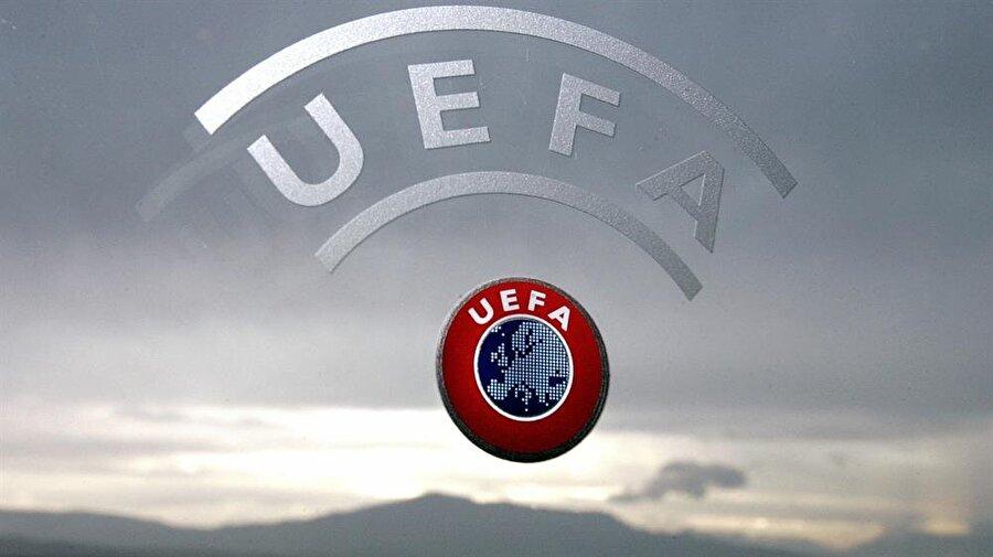 UEFA değiştirebilir Benzer bir saat uygulaması Rusya'da da bulunuyor. Ancak Rus takımları maçlarını UEFA'nın belirlediği daha erken saatlerde oynayabiliyor. Bu nedenle Türkiye içinde UEFA'dan benzer bir karar çıkabilir.