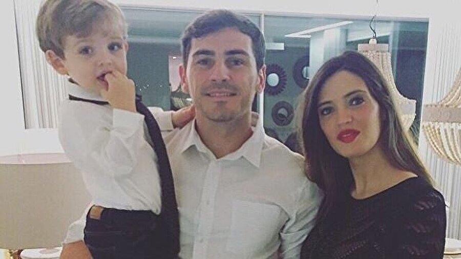Iker Casillas Real Madrid ile efsaneleşen Iker Casillas, 2015 yılından bu yana Porto forması giyiyor. İspanyol spiker Sara Carbonero ile evli olan Casillas'ın Lucas ve Martin isimli iki oğlu var.