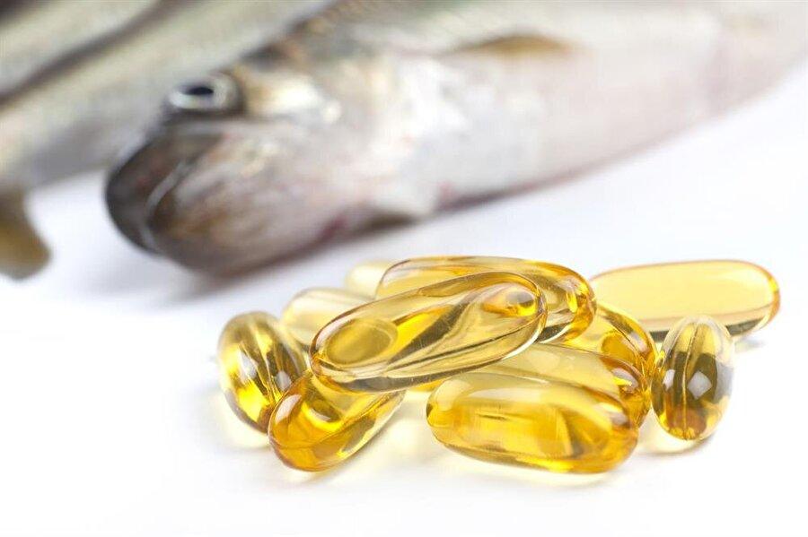 Balık omega 3 deposu                                                                           Omega 3 yağ asitleri en fazla balıkta bulunduğundan haftada en az iki ya da üç defa tüketmeye bakın. Balık mevsiminin de başladığı su sıralarda, balığı yanında ceviz, badem, fındık gibi kuruyemişlerle de servis edebilirsiniz.