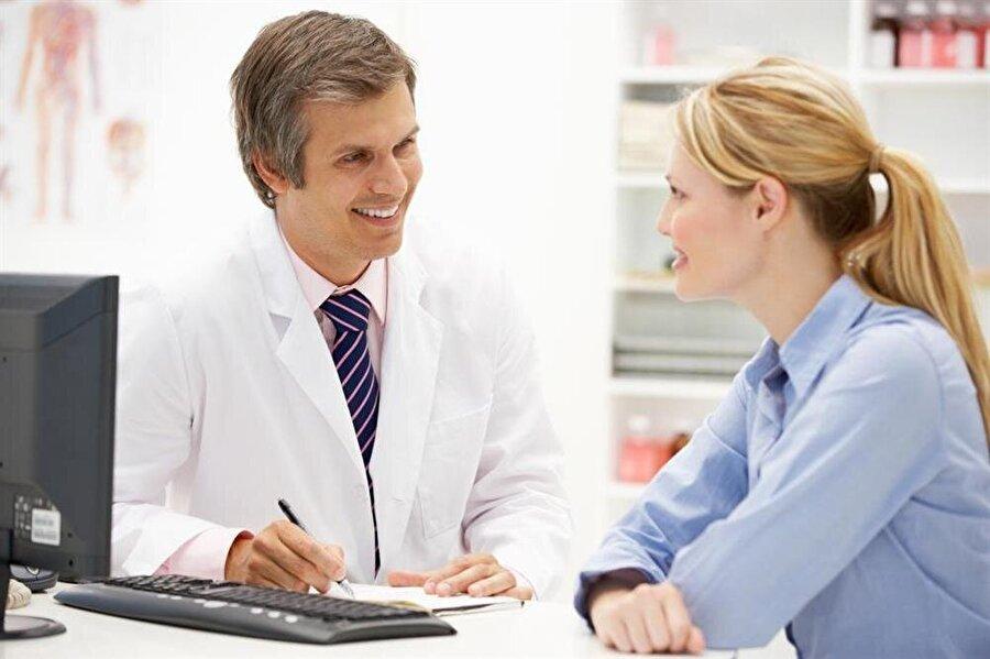 Doktorlara danışmadan vitamin içmeyin                                                                           Bu dönemlerde yapılan en büyük hatalardan biri de, doktora başvurmadan vitamin tüketmek. Bu yüzden bu dönemde hastalığa yakalandığınızda sağlıklı beslenmenin yanı sıra, doktorunuza da başvurmayı ihmal etmeyin.