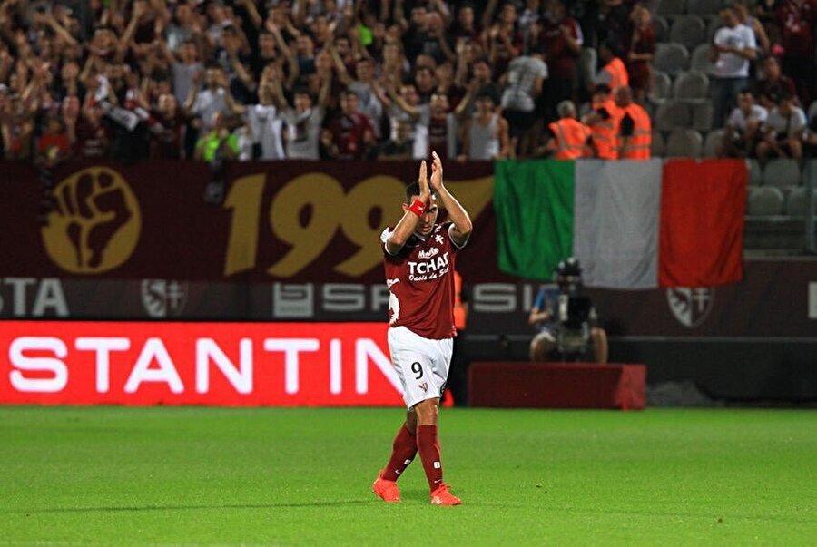 Mevlüt'ten 7 haftada 6 gol                                      Fransa Ligue 1 ekiplerinden Metz'de forma giyen Mevlüt Erdinç de haftayı golle kapadı. Metz'in Montpellier'i 1-0 mağlup ettiği karılaşmada galibiyet golünü atan Mevlüt böylelikle son 7 haftada 6. golüne imza atmış oldu.