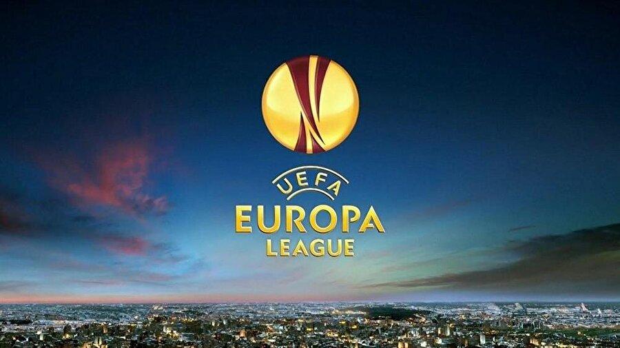Gecenin maçları; A Grubu 22:05 Fenerbahçe-Feyenoord (TRT 1 ve Tivibu Spor 2)  22:05 Manchester United-Zorya Luhansk (Tivibu Spor 3)  B Grubu 18:00 FC Astana-Young Boys (Tivibu Spor 2)  22:05 Olympiakos-APOEL Nicosia    C Grubu  18:00 Kabala-Mainz 05 (Tivibu Spor 3)  22:05 Saint-Etienne-Anderlecht   D Grubu 22:05 Dundalk-Maccabi Tel Aviv  22:05 Zenit-AZ Alkmaar   E Grubu 22:05 Avustrya Wien-Viktoria Plzen  22:05 Roma-Astra Giurgiu (Tivibu Spor 4)  F Grubu 22:05 Athletic Bilbao-Rapid Wien 22:05 Genk-Sassuolo   G Grubu 20:00 Ajax-Standard Liege  20:00 Celta Vigo-Panathinaikos   H Grubu  20:00 Gent-Atiker Konyaspor (Tivibu Spor 2)  20:00 Shakhtar Donetsk-Sporting Braga   I Grubu 20:00 Krasnodar-Nice 20:00 Schalke 04-Salzburg   J Grubu 20:00 Fiorentina-Karabağ Ağdam 20:00 Slovan Liberec-PAOK   K Grubu  20:00 Hapoel Beer Sheva-Southampton  20:00 Sparta Prag-Inter (Tivibu Spor 4)   L Grubu  20:00 Steaua Bucarest-Villarreal  20:00 Zürich-Osmanlıspor (Tivibu Spor 3)