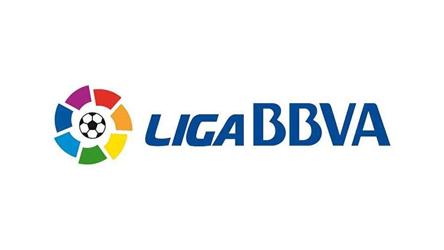 İspanya La Liga 13:00 Valencia-Atletico Madrid (LİG TV) 17:15 Real Madrid-Eibar (LİG TV 4) 19:30 Espanyol-Villarreal 19:30 Malaga-Athletic Bilbao 21:45 Celta Vigo-Barcelona (LİG TV 3)