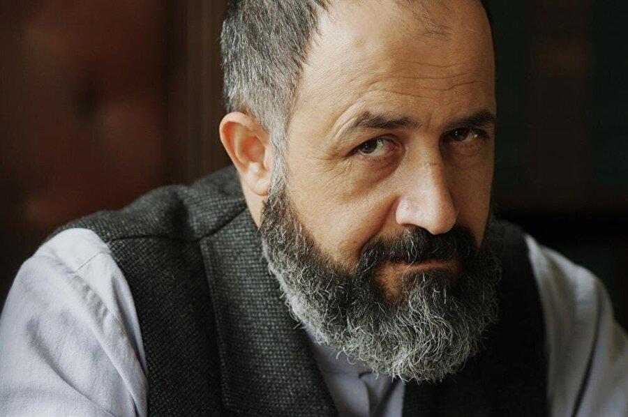 Ünlü isimler yer alıyor Jüride; Mehmet Özgür, Beste Bereket, Harika Uygur, Sabahattin Çetin, Orhan Topçuoğlu ve Martha Otte yer alıyor.