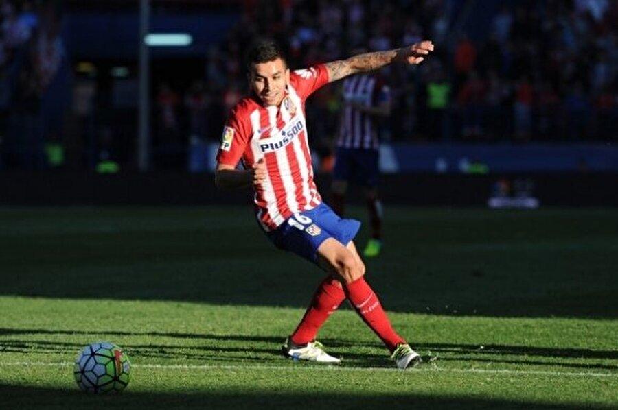 Angel Correa                                                                                                                Yaş: 21 Pozisyon: Forvet Seviye: 79 Kulüp: Atlético de Madrid