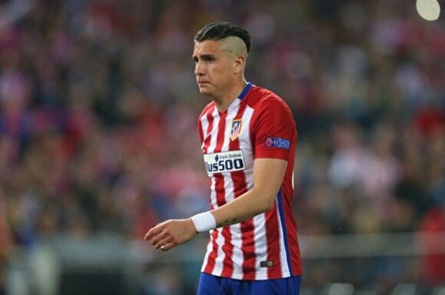 José Maria Giménez                                                                                                                Yaş:21 Pozisyon: Stoper Seviye: 83 Kulüp: Atletico de Madrid