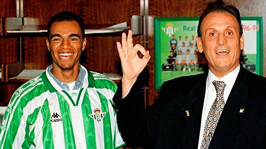 Denilson, Sao Paulo'dan Real Betis'e, 1998 1998 yılında 31 milyon euro karşılığında R.Betis'e transfer olduğunda Dünyanın en pahalı oyuncusu oldu. Real Betis'te çıktığı 186 maçta sadece 13 gol atabilen futbolcu beklentileri karşılayamadı.