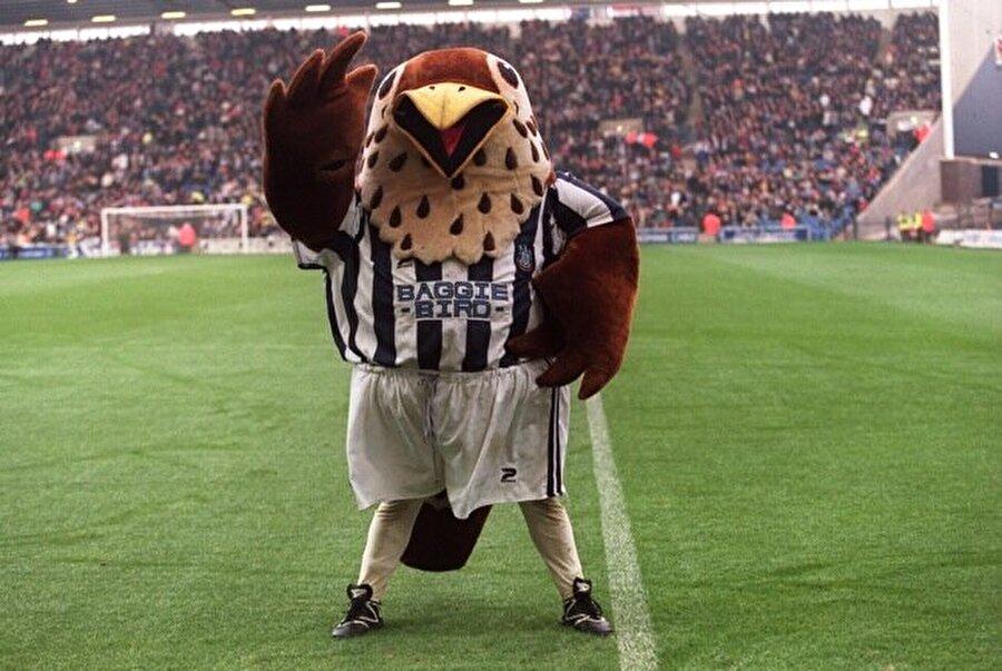 West Bromwich Albion-Baggie İngiliz ekibinin maskotu Baggie isimli kuştur.