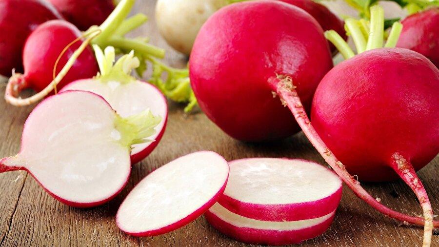 """""""Turp gibi"""" sağlık kaynağı                                                                                                                Kış mevsiminin sebzelerinin başında gelen turp, içerdiği C vitamini, folik asit, fosfor ve yüksek diyet lifi sayesinde tam bir sağlık kaynağı. Çok güçlü bir antioksidan olan turp, soğuk algınlığı gibi hastalıkların tedavisinde de birebir."""
