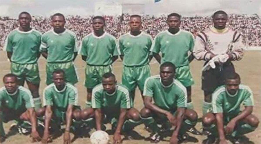 Zambiya Milli Takımı'ndan tek kurtulan isim ise Hollanda ekibi PSV Eindhoven'da forma giyen ve takıma bir gün kendi imkanlarıyla katılacak olan Kalusha Bwalva oldu.  Bu farklı bir hikayenin de başlangıcını oluşturdu.  Zambiya futbolu ilerleyen yıllarda Bwalva etrafında toplandı. 2003-2006 arasında milli takım teknik direktörlüğü yapan Bwalva, 2008 yılında Zambiya Futbol Federasyonu Başkanı seçildi.  Ve kaderin bir cilvesi olarak Bwalva'nın başkanlığındaki Zambiya Milli Takımı, uçak kazasının gerçekleştiği Libreville'de gerçekleşen 2012 Afrika Uluslar Kupası finalinde, Fildişi Sahili'ni mağlup ederek ilk şampiyonluğuna ulaştı.