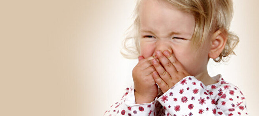 Gıda takviyesine ihtiyaç var: Grip                                                                                                                Genellikle soğuk algınlığı ile karıştırılan grip, nezlenin aksine çok daha ağır seyreden bir problemdir. Ateş, kas ağrıları, terleme, halsizlik ve baş ağrısı gibi şikayetlerin daha yoğun yaşandığı çok daha ciddi bir hastalık olan grip, çocuklara özellikle birbirinden bulaşan hastalıkların başında geliyor. Tıbbi tedavinin yanında, beraberinde mutlaka gıda takviyesi de yapılması gerekiyor.