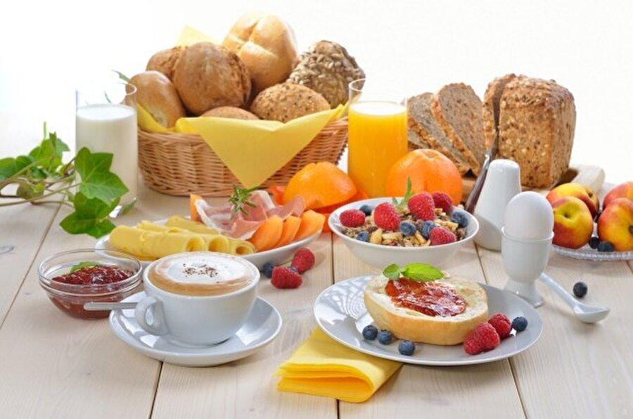 Sağlıklı bir sabah kahvaltısı olmazsa olmaz                                      Sağlıklı hayatın kilit öğünü kahvaltıdır.