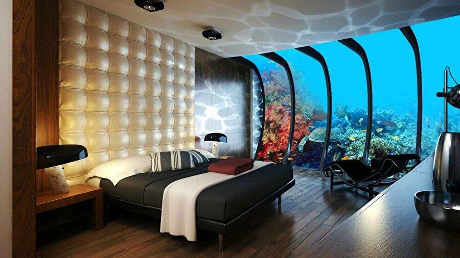 Dubai'de su altında bulunan bir otel