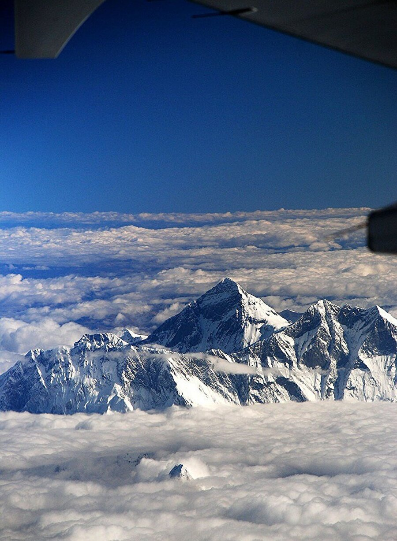 Everest Dağı'nın tepeden görünüşü
