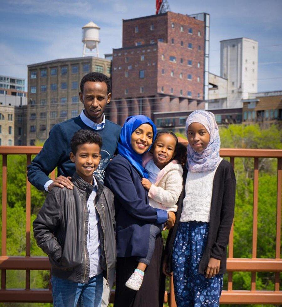 Omar, 2009 yılında Ahmed Nur Said Elmi ile evlendi.