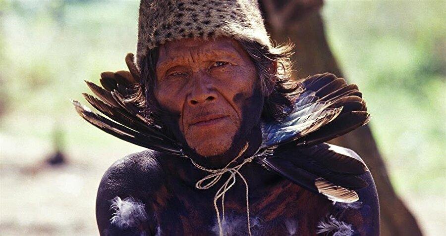 Hala iletişime geçilmemiş olan kabilelerden biri de Güney Amerika'da yaşayan Totobiegosode kabilesi. Kabileye mensup bireyler ölüme inanmaz ve ölümü yaklaşan insanları canlı canlı gömer.