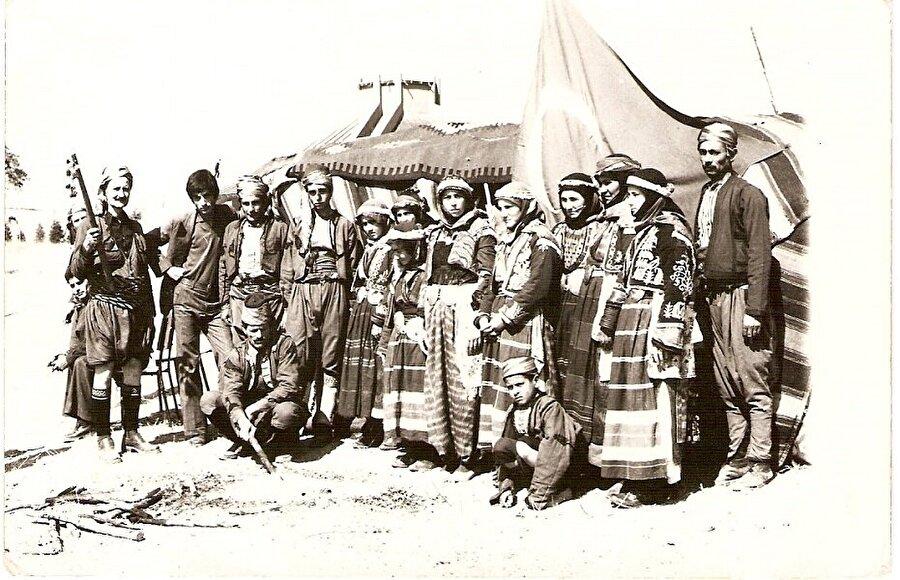 Osmanlı döneminde Anadolu ve Rumeli bölgelerinde yaşamaları adına görevlendirilmişlerdir.