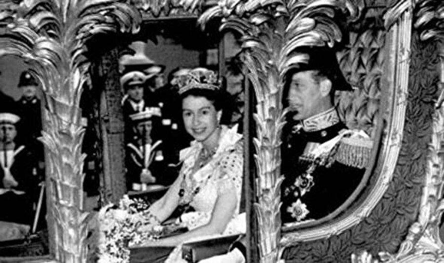 İngiltere'de hükümdarların doğum günü 18. yüzyıldan bu yanan törenlerle kutlanıyor.