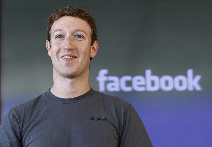 Mark Zuckerberg Hızlı hareket et ve etrafı kır geçir. Eğer bir şeyleri kırıp dökmüyor veya bozmuyorsan, muhtemelen yeterince hızlı ilerlemiyorsun.
